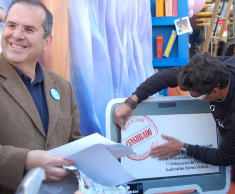 O felissímo presidente da câmara de Torres Vedras logo após a censura ao Magalhães. (IOL)