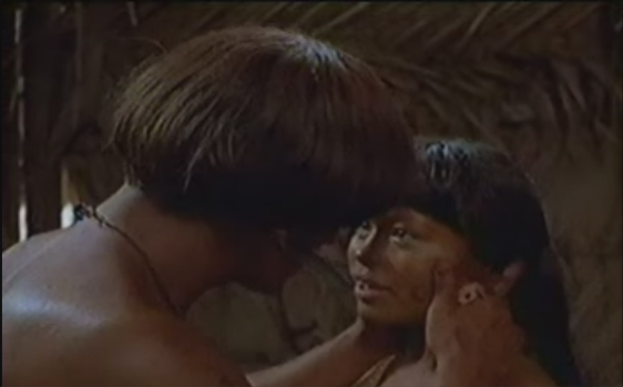 """Kisu Mu prestes a dar o """"beijo da morte""""."""