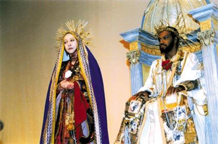 A Compadecida e Jesus Cristo (foto de Nelson Di Rago)