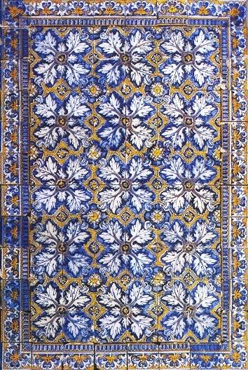 Exemplo de tapete de azulejos, com padrão parras e uma barra em todo o contorno, do século XVII (Museu Nacional do Azulejo).